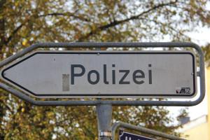 En Alemania la Polizei se encarga del tránsito.